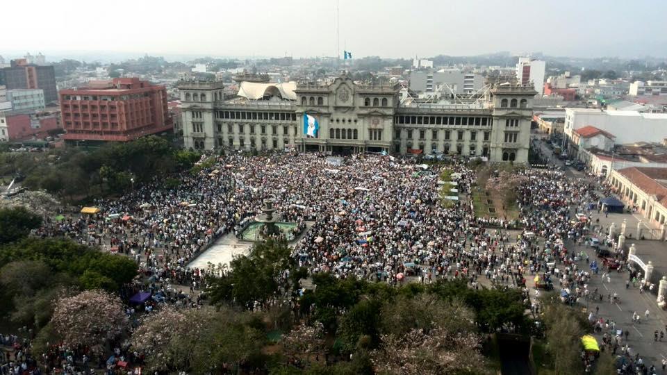 Informe de Coyuntura: semana del 27/04 al 03/05 (protestas en Guatemala y reforma constitucional en Chile)