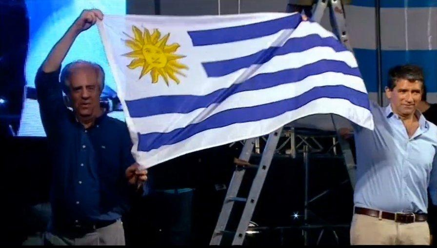 Contundente triunfo del FA: lo que pasó y lo que viene en Uruguay