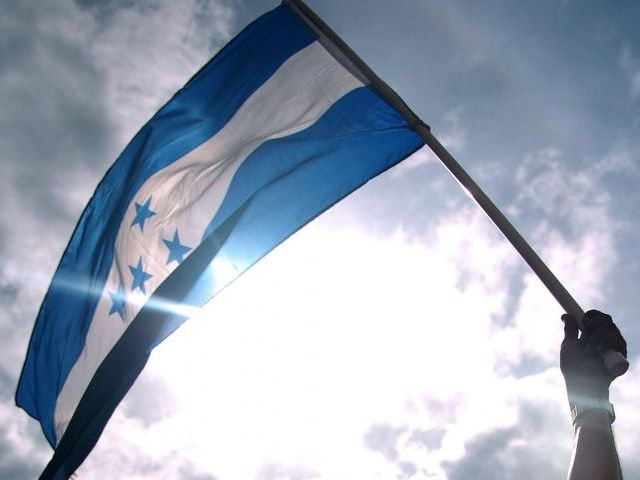 Honduras: A un año de las elecciones cuestionadas. ¿Legitimidad a la fuerza?
