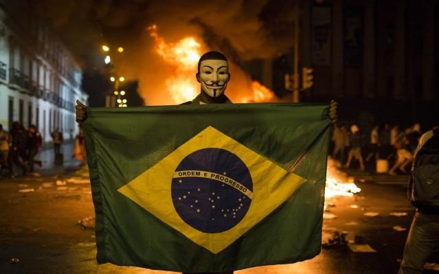 La derecha saca musculo en las calles de Brasil