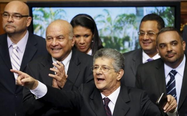 Crítica al proyecto ley de la Oposición Venezolana en la Asamblea:  el intento de restauración privatizadora