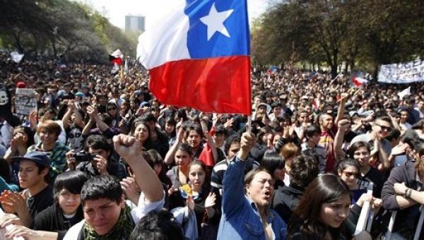 Chile en punto de bifurcación: entre más o menos neoliberalismo