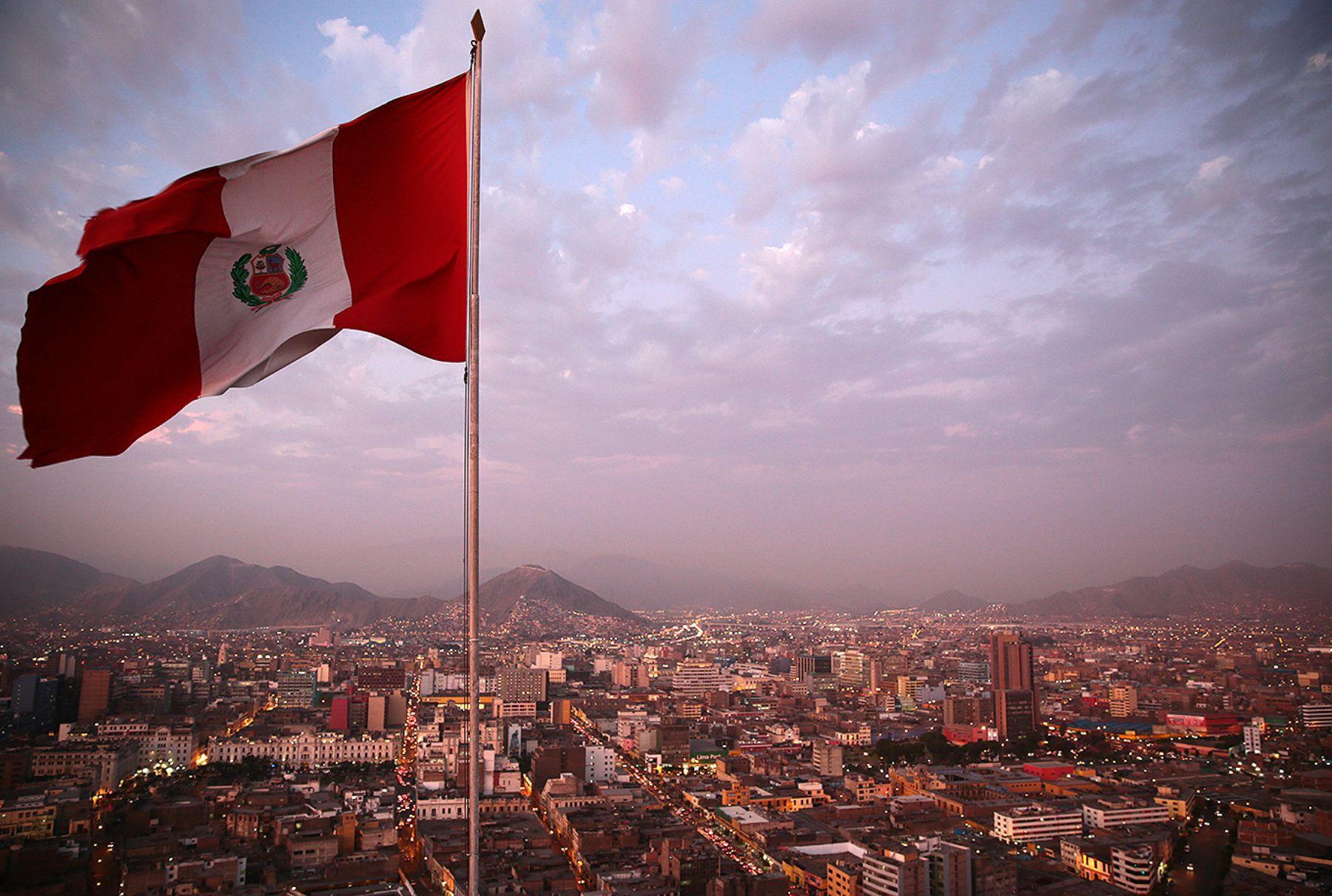 Perú, la nueva izquierda y el fanstasma del milagro económico