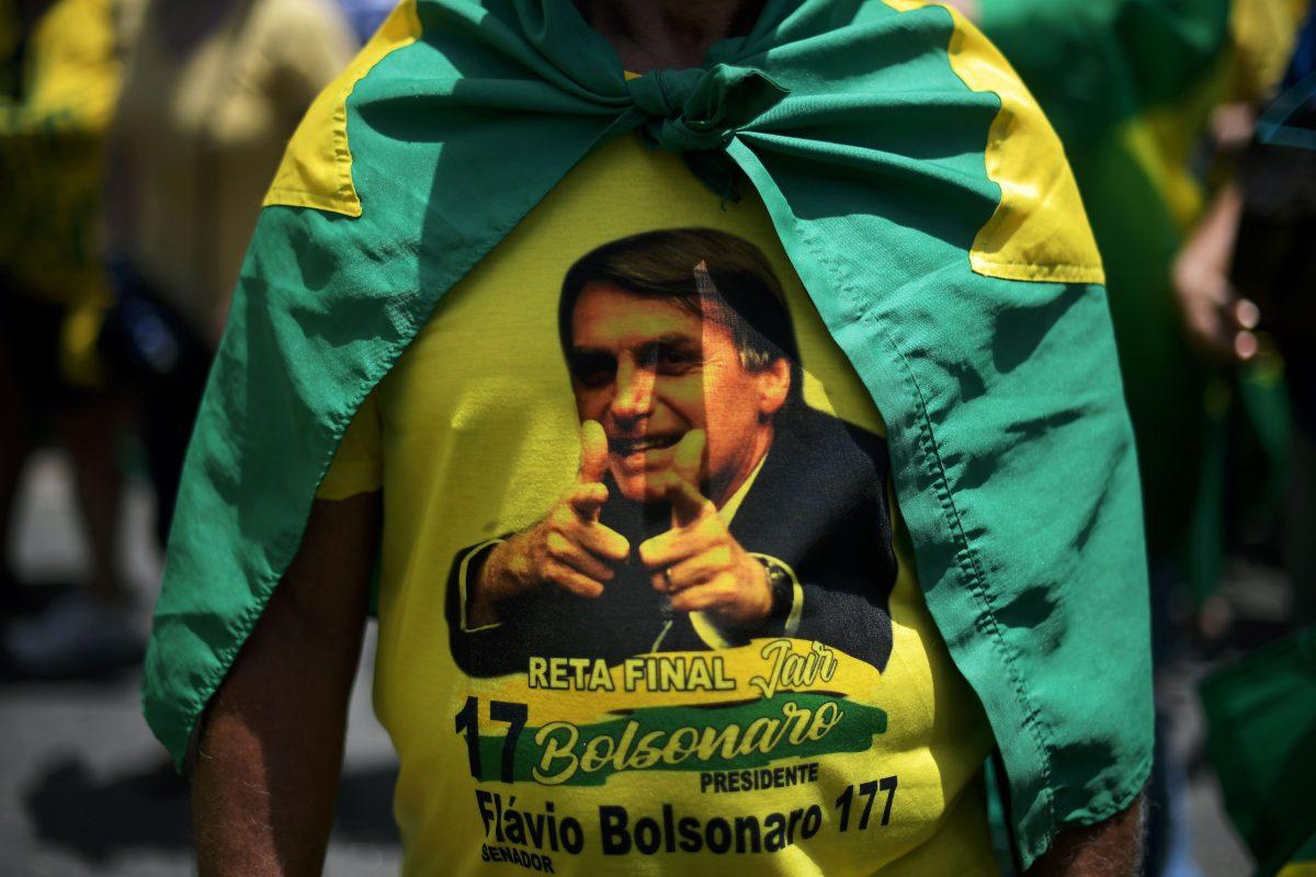 Del cuartel a las urnas: militares y elecciones en América Latina