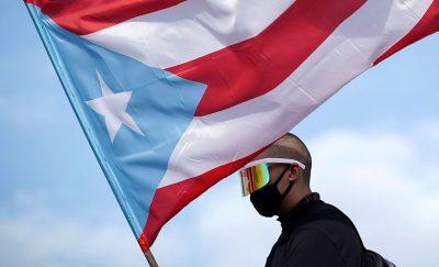 Puerto Rico, afilando cuchillos